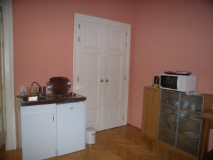 312827_kitchen.jpg