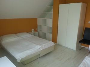 313417_szoba.jpg