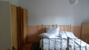 314498_borostyanko_szoba.jpg