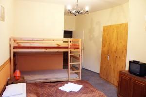 314531_turistaszallo_szoba.jpg
