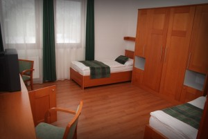314551_hotel_mozgkorlszoba.jpg