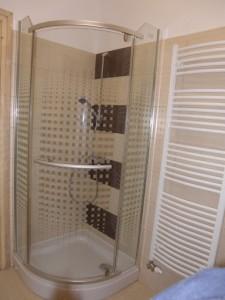 314571_zuhanyzo.jpg
